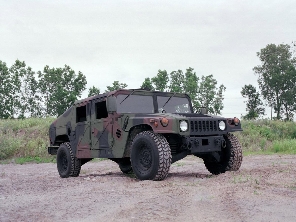 AM General HMMWV (Humvee) (1984—н.в.)